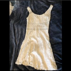 White lace simple dress brand new